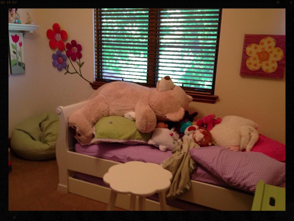 A little girls room before