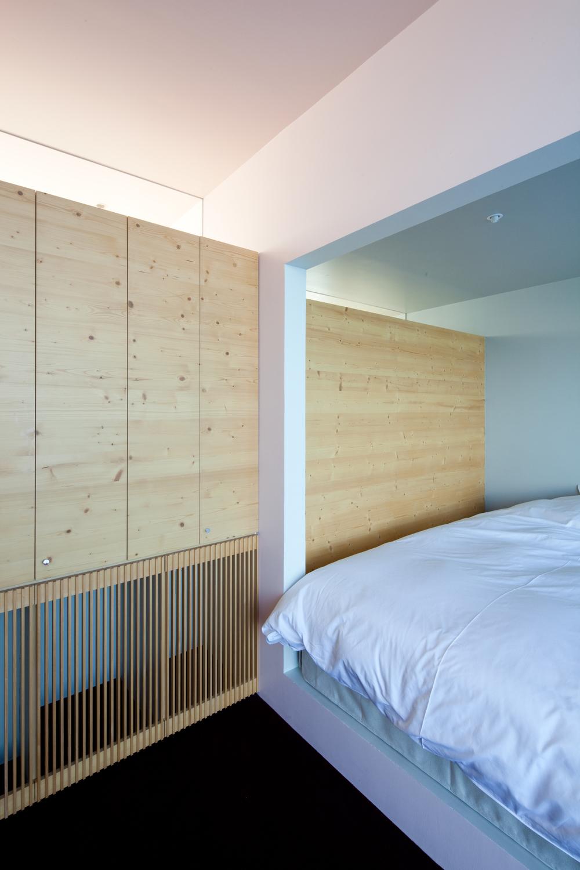 518b9a79b3fc4b693a000082_nowhere-but-sajima-yasutaka-yoshimura-architects__mg_2812.jpg