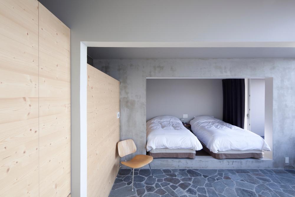 518b9aadb3fc4bd91700007c_nowhere-but-sajima-yasutaka-yoshimura-architects__mg_4490.jpg