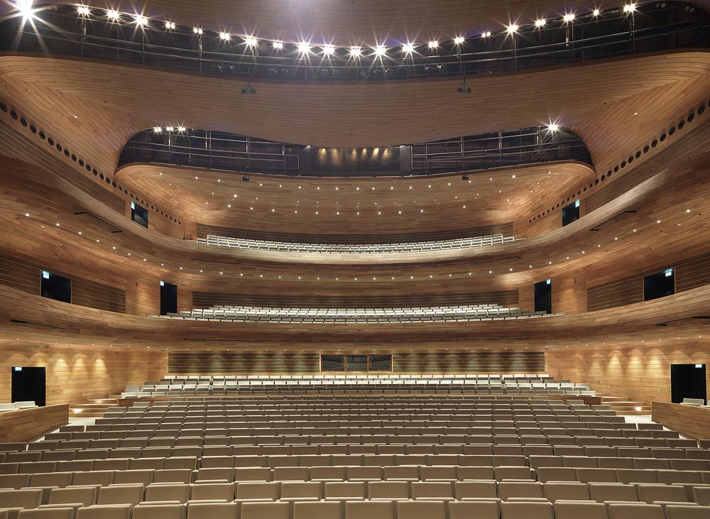 524227dee8e44eff02000016_bahrain-national-theatre-as-architecture-studio_bahrain_0709_nicolas_buisson.jpg