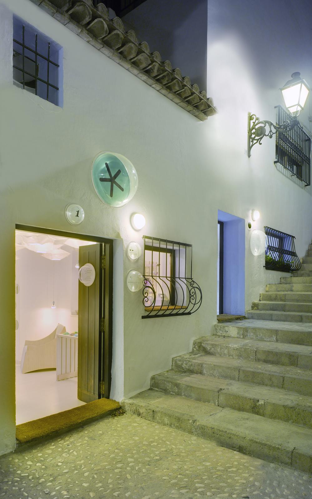 52798815e8e44e879c000087_workshop-and-gallery-estudio-ji-arquitectos_10413_120dfr-ji.jpg