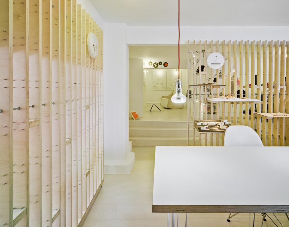 527986bfe8e44e8654000090_workshop-and-gallery-estudio-ji-arquitectos_10413_019dfr-ji.jpg