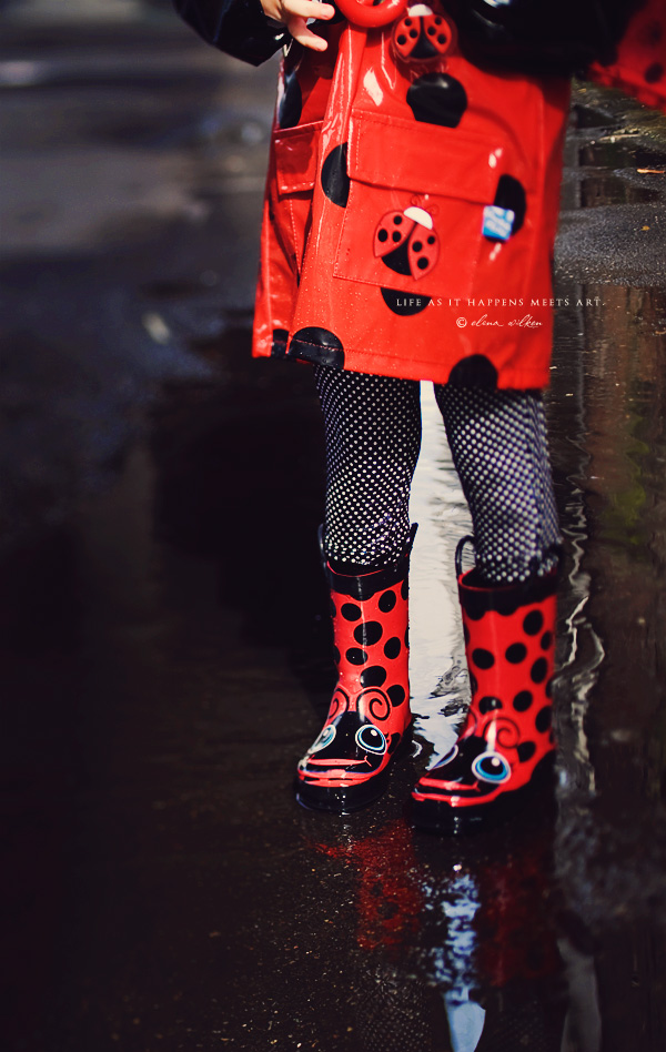 ew23-girl-in-raincoat-and-rain-boots.jpg
