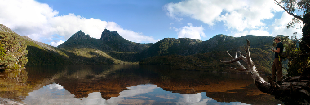 Dove Lake from below (click to enlarge)