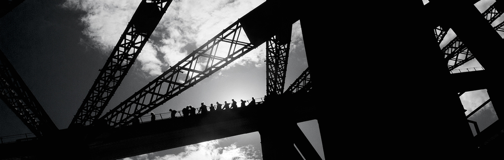 taz-syd-bridge-strip.jpg