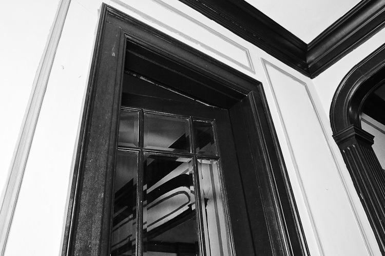 TSAP-4949 Swiss-Door Off Dining Room.jpg