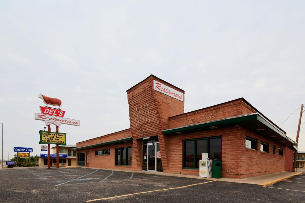 Del's Restaurant