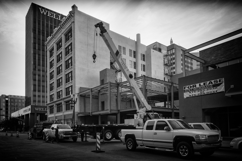 Crane and Workmen - El Paso