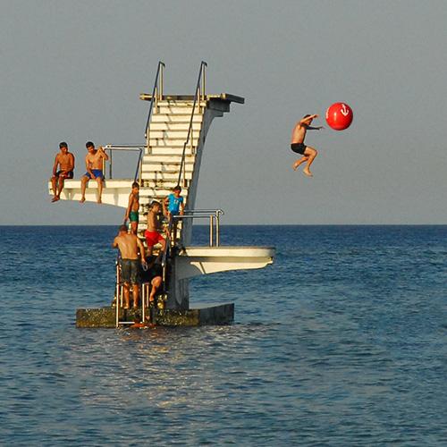 platform-jumping.jpg