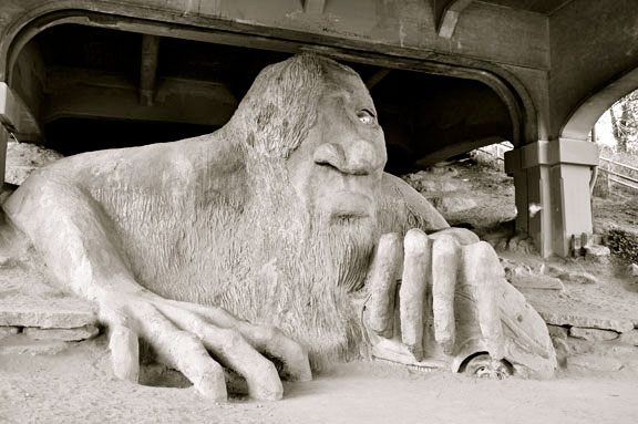 Fremont Troll (Troll Under the Bridge)