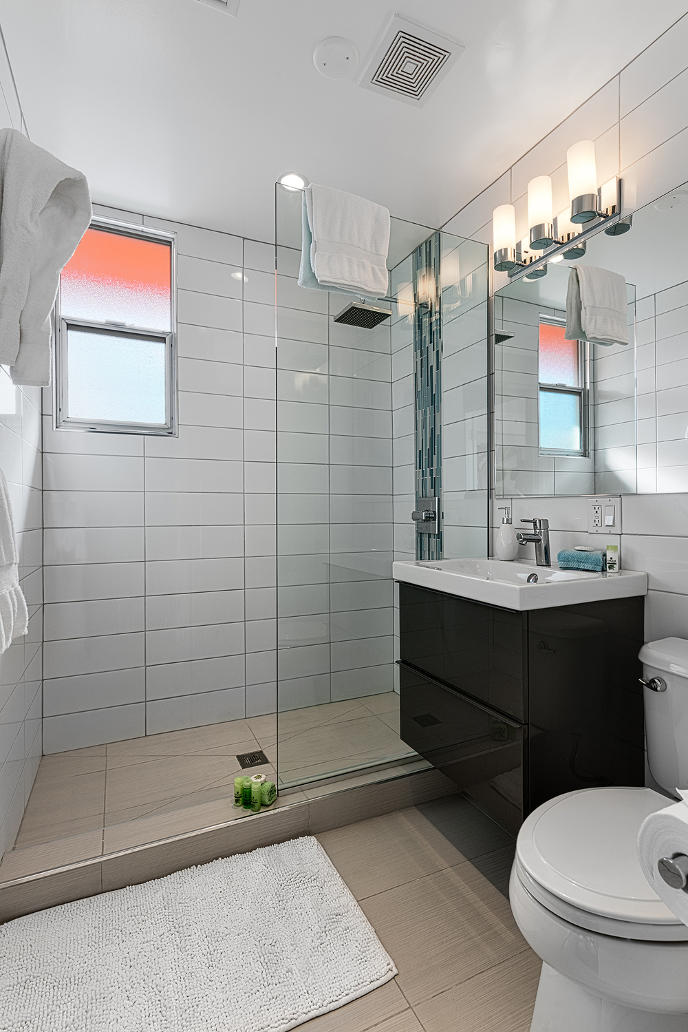 #220 Bathroom