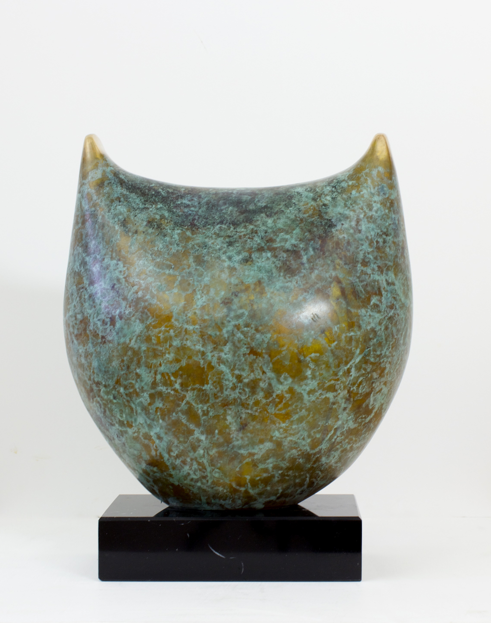 Sonja Landweer_-_Alert_bronze_31 x 28 x 19cm_€5900.jpg
