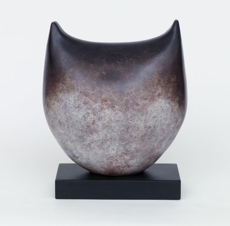 Sonja Landweer_-_Alert_bronze, edition of 9_30 x 26 x 26cm.jpg