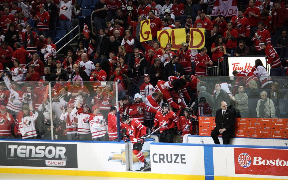 pm-hockey-canada.jpg