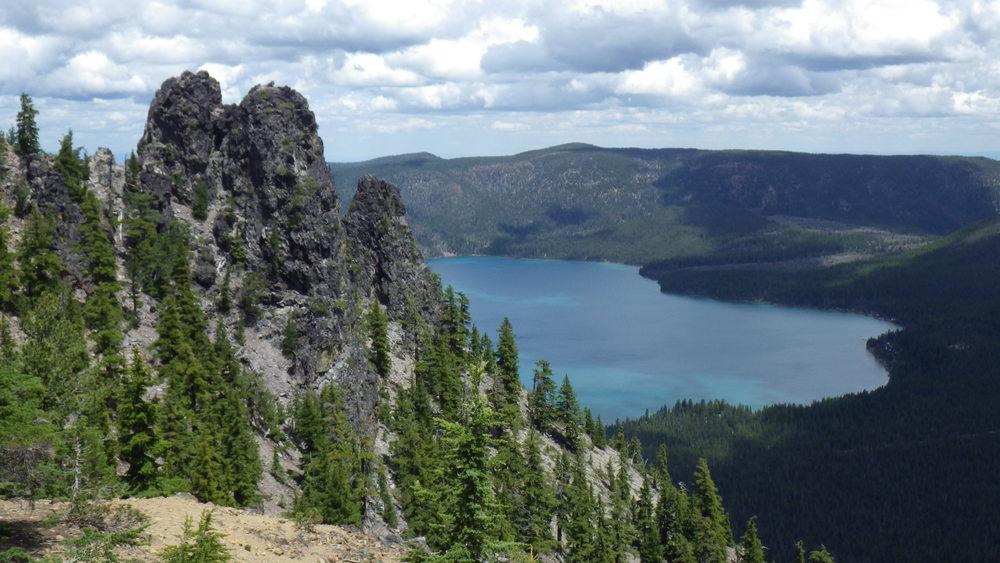 Paulina lake from the summit of Paulina Peak