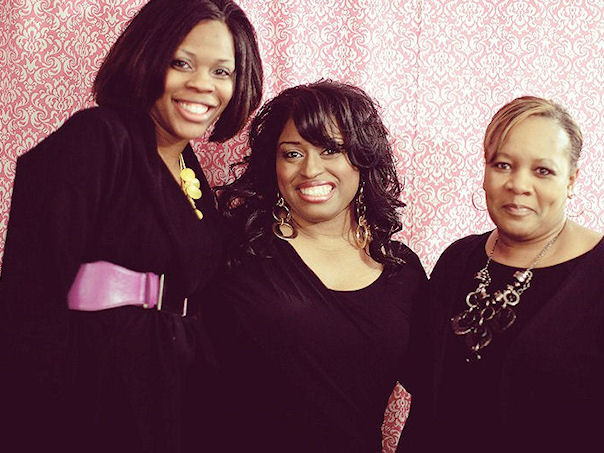 """Chenese Bean Makeup Artistry """"Open House"""" event. With wedding and event coordinators of  Details 2 Decor ."""