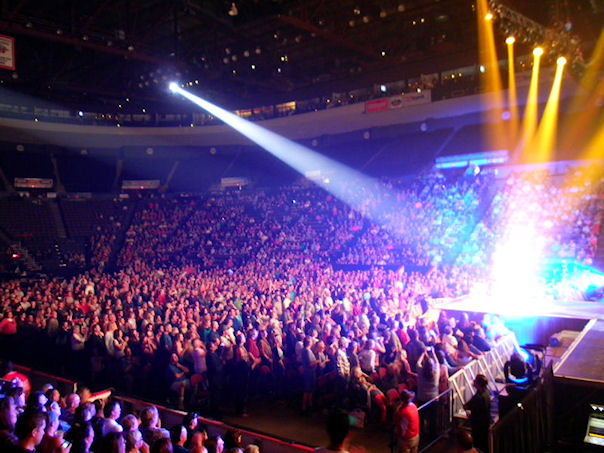 hat a crowd!  American Idol Tour Cincinnati 2012 at US Bank Arena.