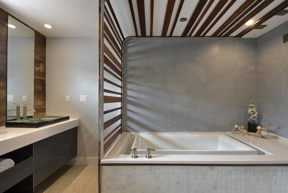 Robin Colton Interior Design Studio Austin Texas Lakeway Infinity Tub
