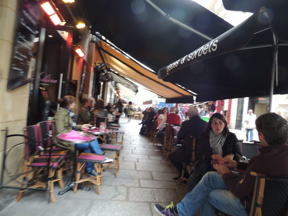 Sidewalk dining in Europe