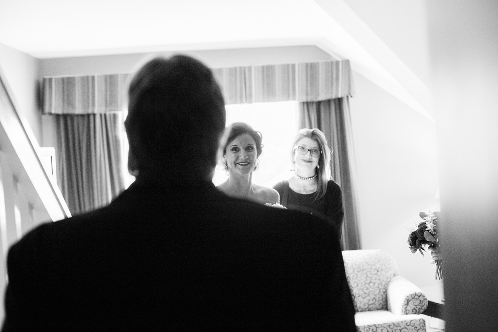 Dad's first time seeing the bride in her dress