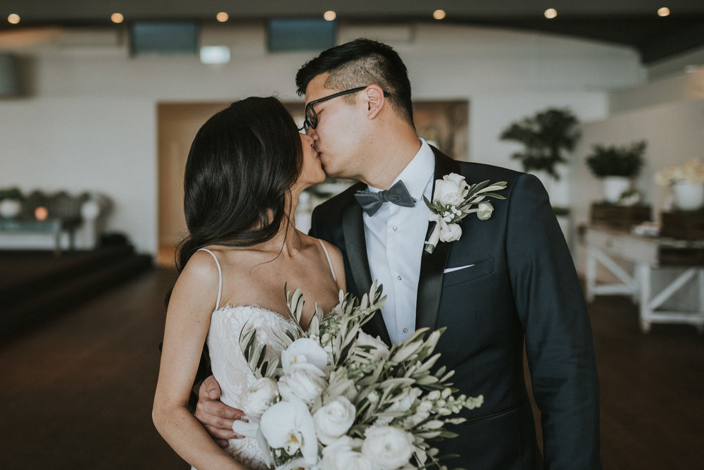 oliversmithphoto-trang-david-sydney-wedding-whale-beach-moby-dicks-532.jpg