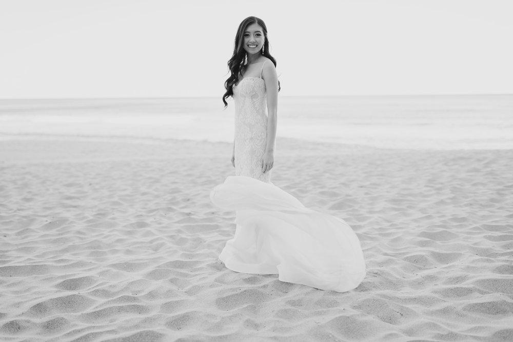 oliversmithphoto-trang-david-sydney-wedding-whale-beach-moby-dicks-706.jpg