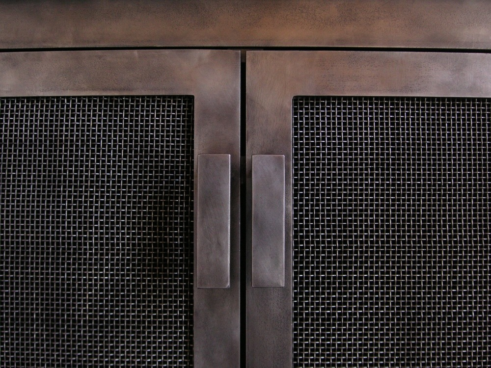steel firescreen handle detail.jpg