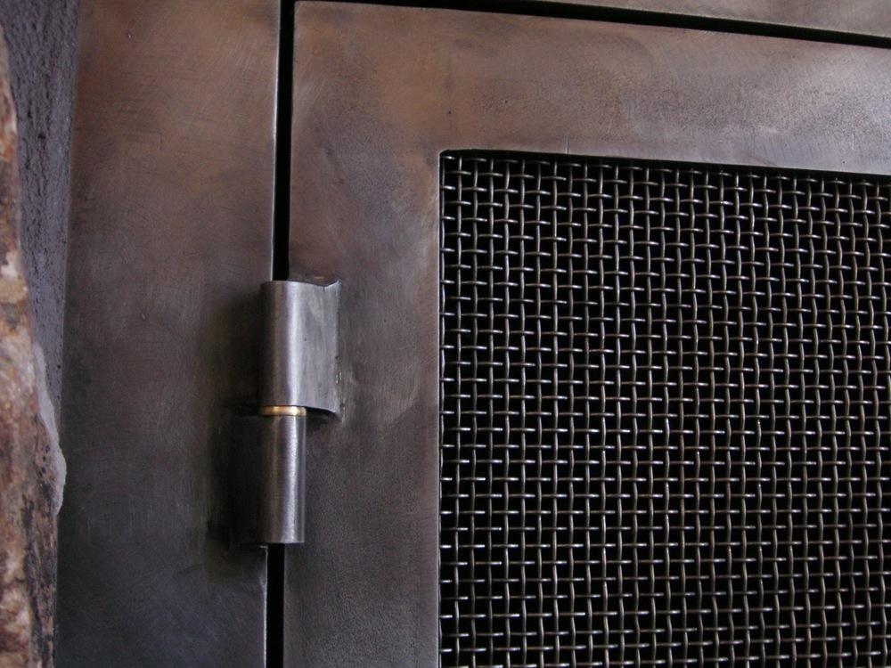 steel firescreen hinge detail.jpg