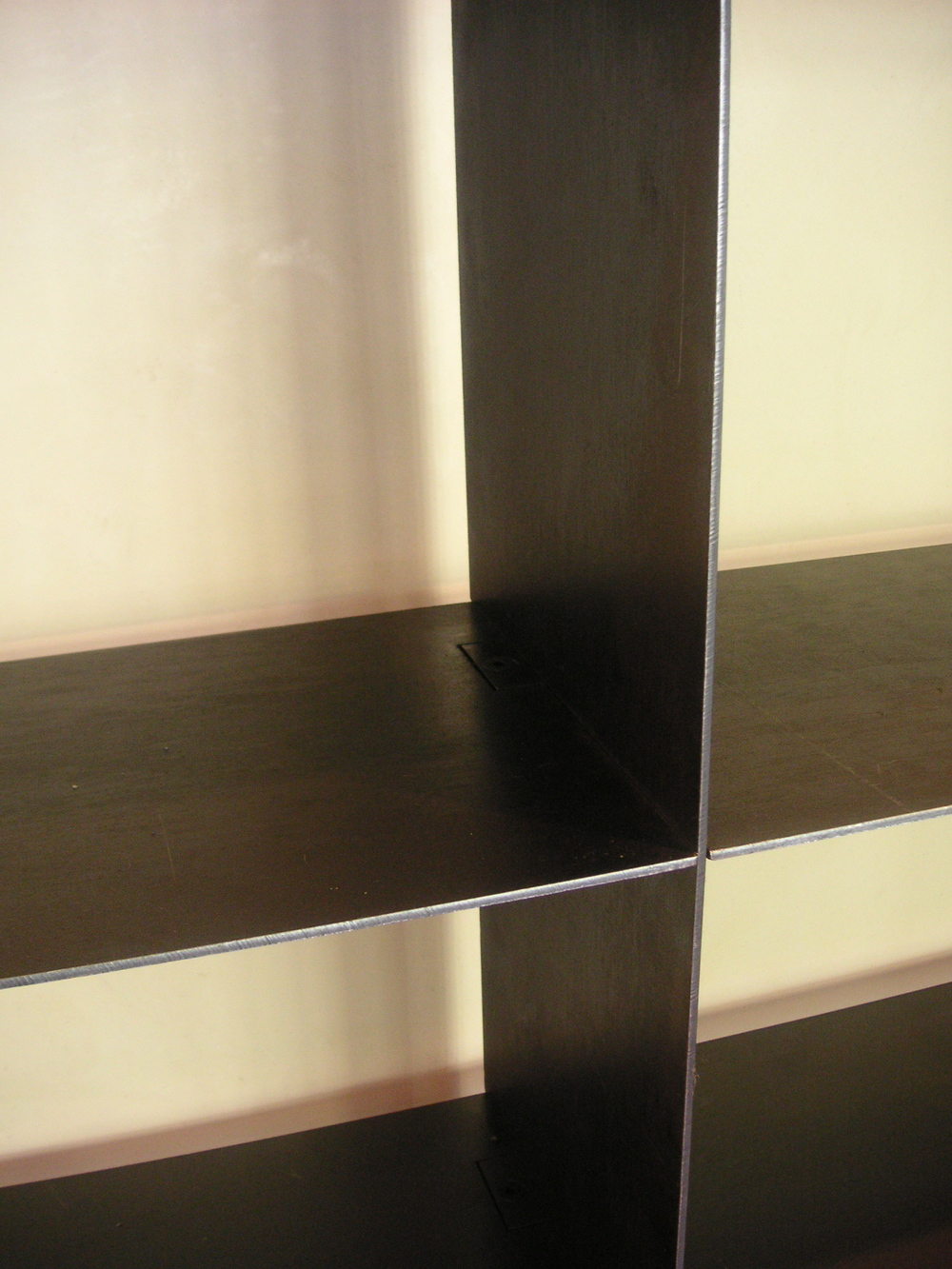 steel shelf detail.JPG