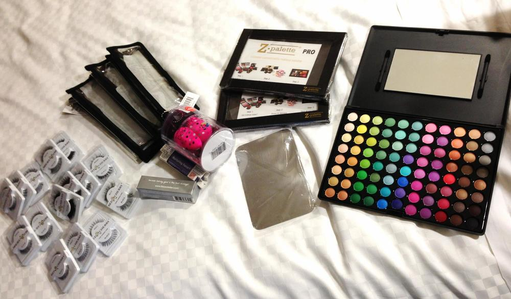 Goodies from The Makeup Show exhibitors: ZPalette, Red Cherry lashes, Beauty Blenders, Nurturing Force Blotting papers, Face Atilier Transforming Gel and eyeshadows.