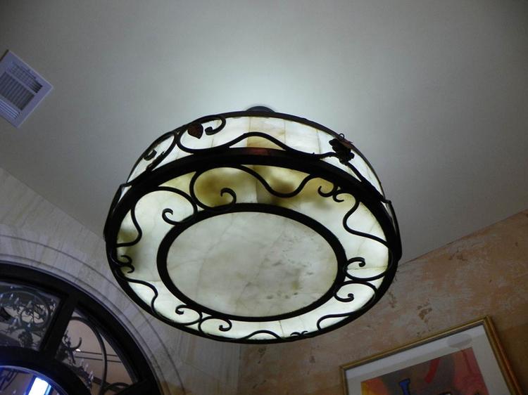 chandelier9big.jpg