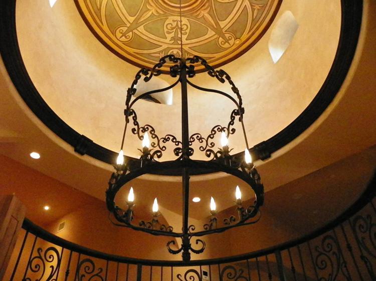 chandelier8big.jpg