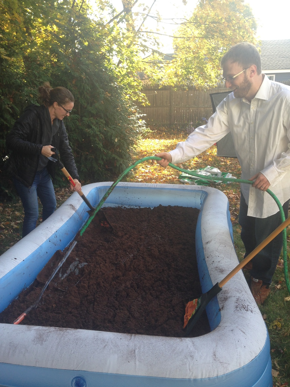 Kelly, aside from being a wonderful photographer, enjoys creating large backyard peat bogs.