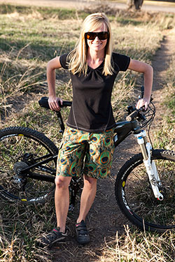 About Shredly Stylish Women S Mountain Bike And Athletic Apparel