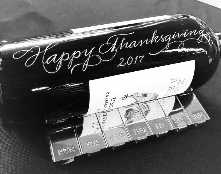 happy Thanksgiving wine bottle engraving _preview.jpg