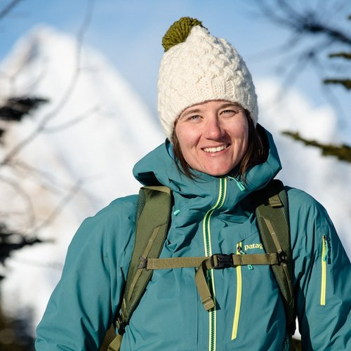 LEAH EVANS - Leah grew up on the slopes of Red Mountain Ski Resort surrounded by a supportive community and the beauty of Canadian mountains. As a professional skier and Ambassador for Patagonia, she helps women reach their full potential on skis through her Girls Do Ski camps. She currently resides in Revelstoke, British Columbia and uses her experience in the mountains to inspire others to expand their sense of what's possible in their lives.