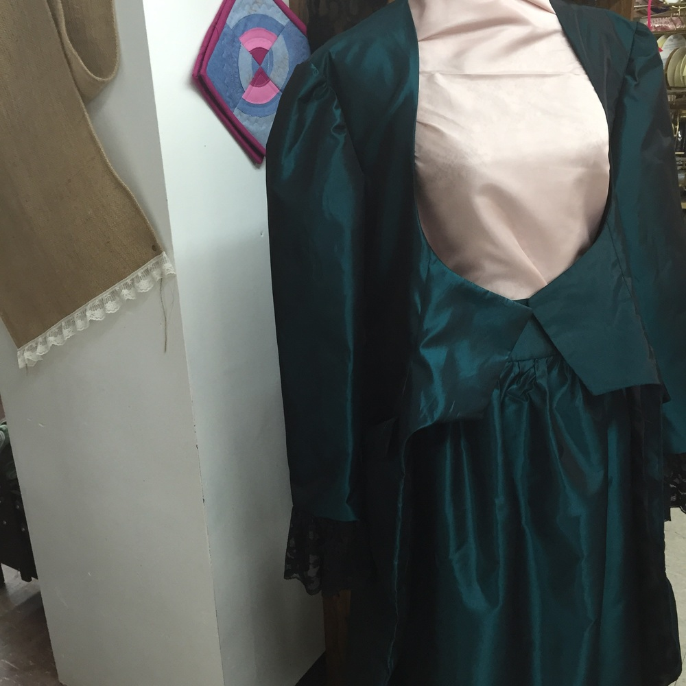 A view of the jacket and skirt together.