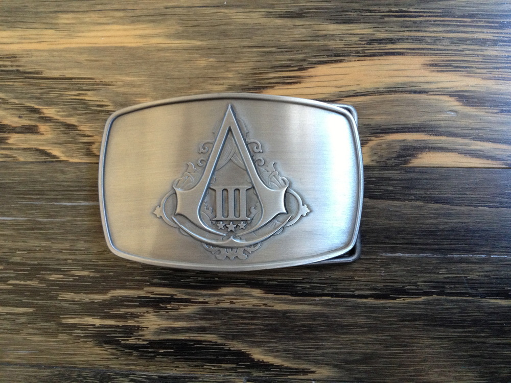 UNBOXING PICS - Assassin's Creed III Limited Edition: