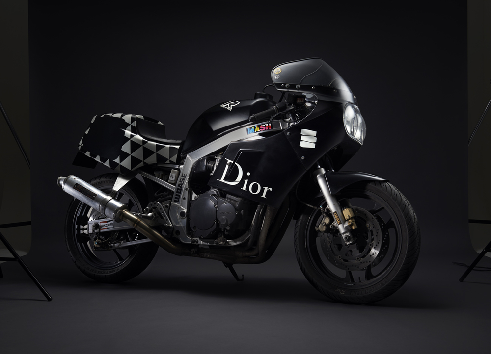 DSC-Death-Spray-Custom-Suzuki-GSXR1100-.jpg