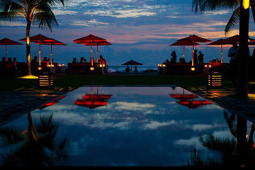 this time next week we will be at ku de ta in bali drinking strawberry mojitos. this was my christmas present from mr bell but it ties in well with our anniversary and valentines day. will be one loved up holiday. cannot wait.
