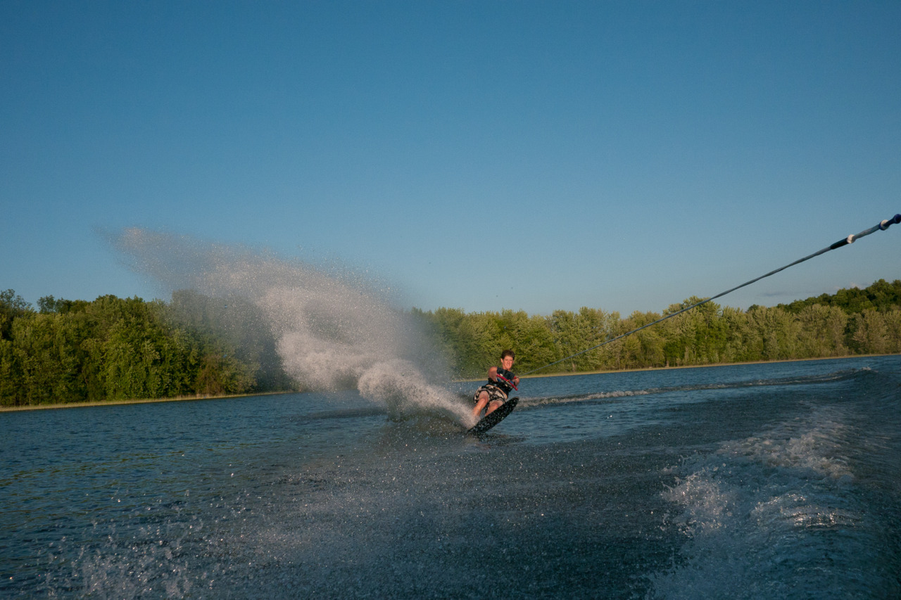 Caleb making a wave on the slalom ski