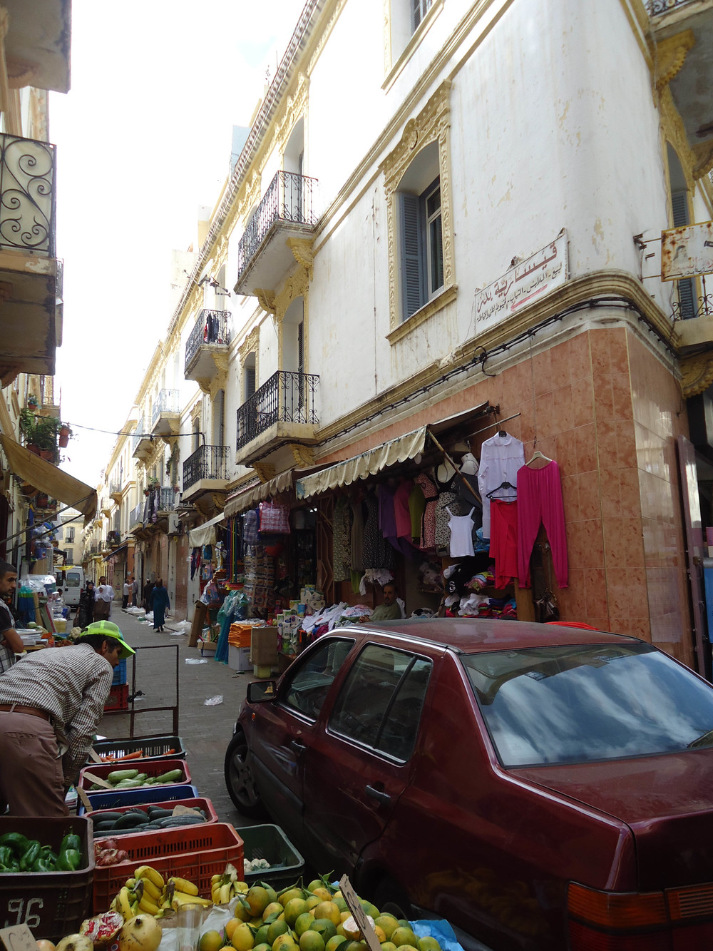 tangier fruit vendors.jpg