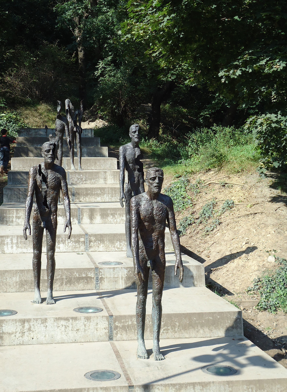 prague victims of communism.jpg