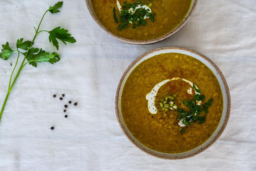 brothbaby-bonebroth-lentils-foodphotohraphy-lentilsoup