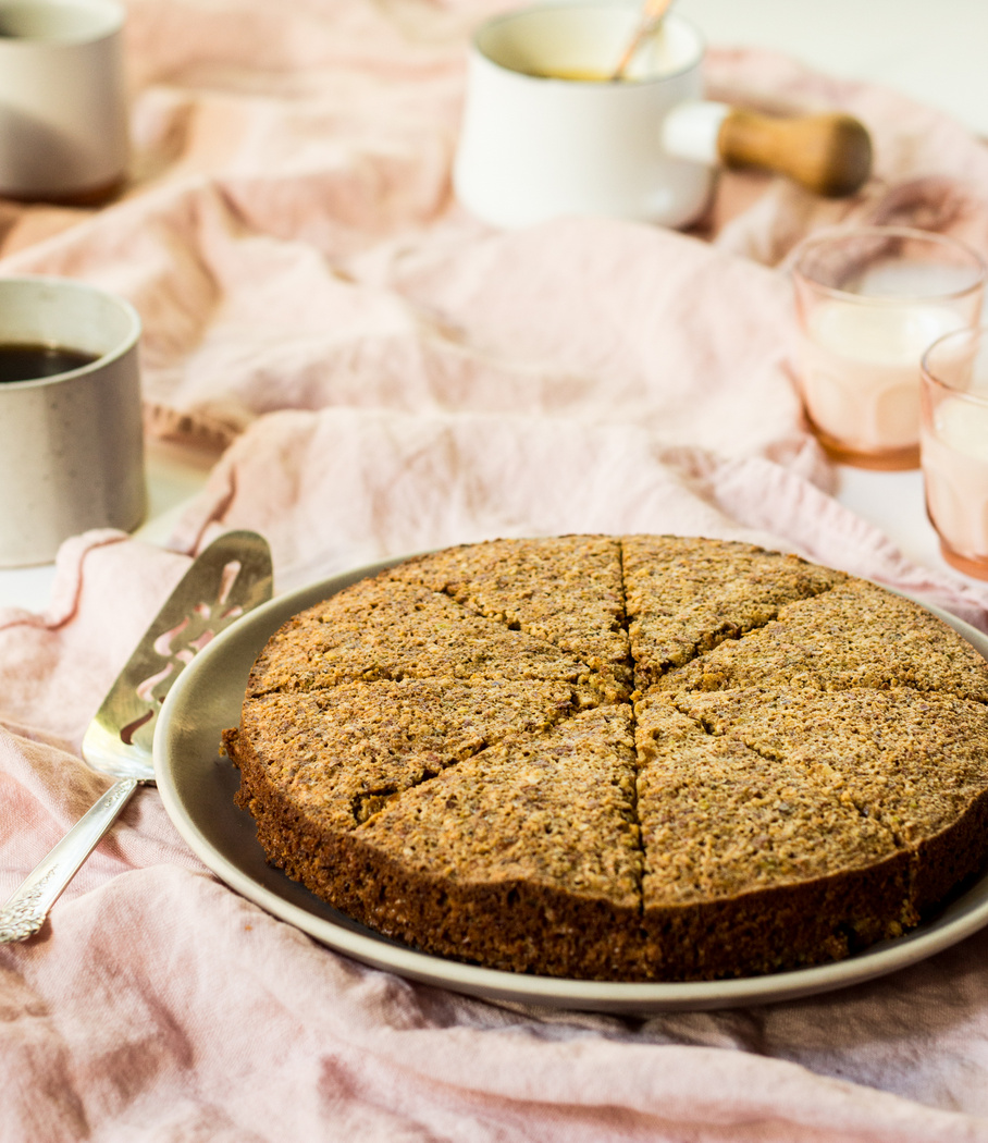 PISTACHIO ALMOND FLOURLESS CAKE-9.jpg