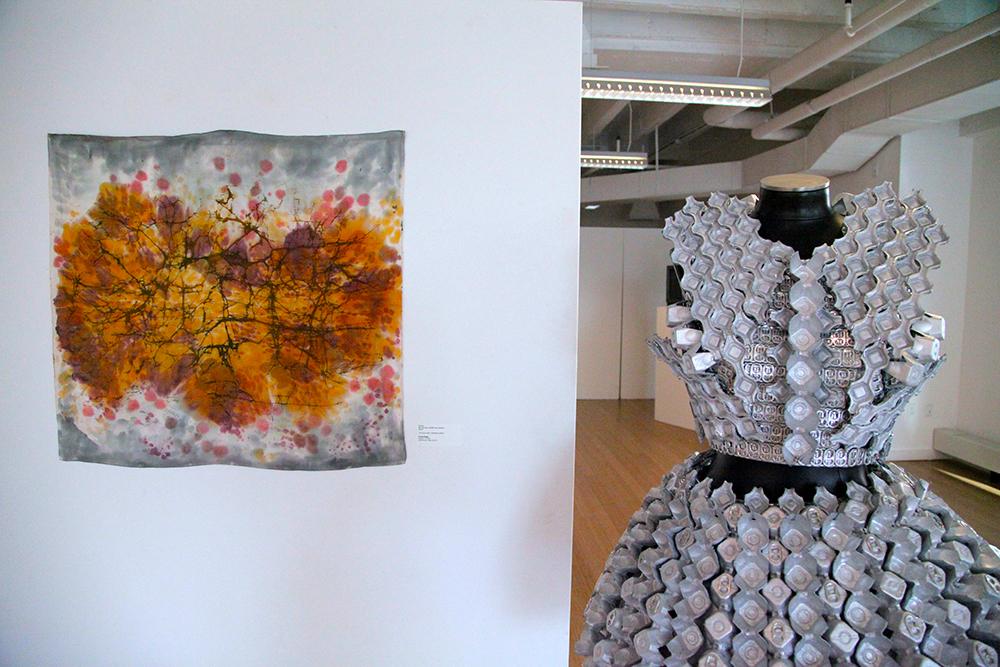 Emelie Bergh / 2D fibers + fashion