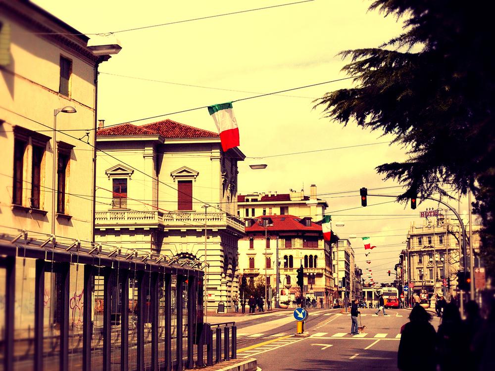 Italy as Cuba  / Geena Matuson (@geenamatuson)