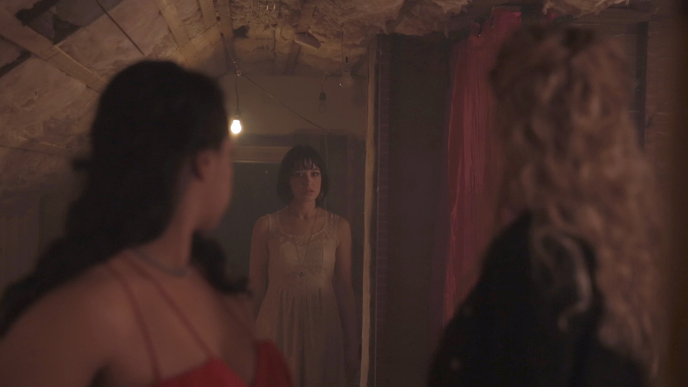 Amor Sangre  Digital video still