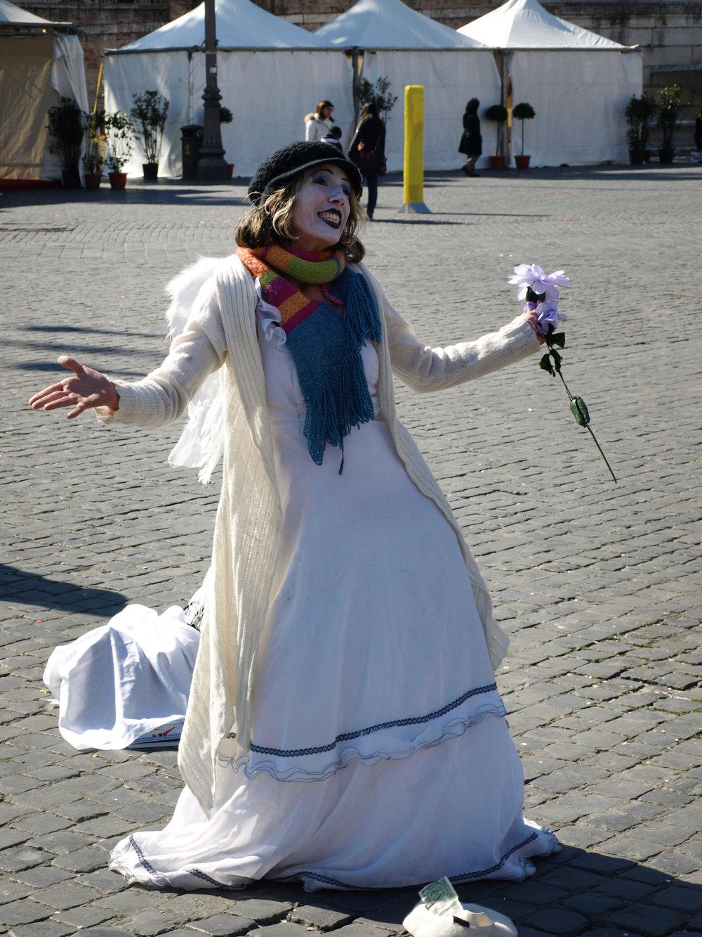 Piazza del Popolo, Italy  / Geena Matuson @geenamatuson #thegirlmirage