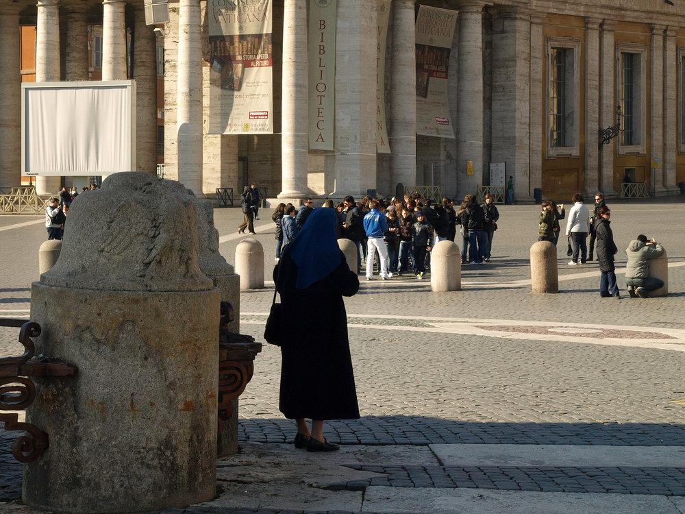 St. Peter's Basilica, Vatican City, Italy  / Geena Matuson @geenamatuson #thegirlmirage